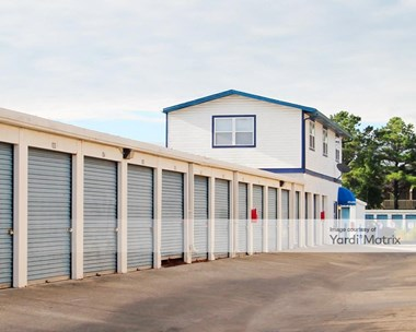 Storage Units for Rent available at 10918 Atlantic Blvd, Jacksonville, FL 32225 Photo Gallery 1