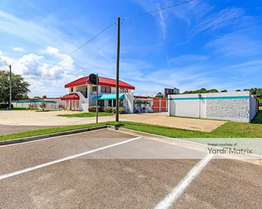Storage Units for Rent available at 5 Willard Drive, St. Augustine, FL 32086 Photo Gallery 1