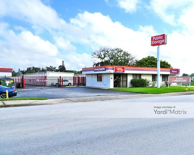 Storage Units for Rent available at 920 Cortez Road West, Bradenton, FL 34207 Photo Gallery 1