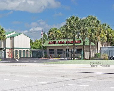 Storage Units for Rent available at 12644 Palm Beach Blvd, Fort Myers, FL 33905 Photo Gallery 1