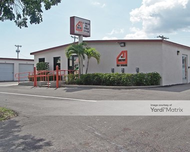 Storage Units for Rent available at 1014 SE 12th Place, Cape Coral, FL 33990 Photo Gallery 1