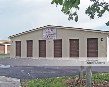 Storage Units for Rent available at 1208 SE 9th Terrace, Cape Coral, FL 33990 Photo Gallery 1