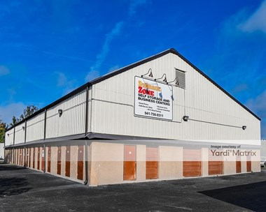 Storage Units for Rent available at 1317 61St Avenue East, Bradenton, FL 34203 Photo Gallery 1