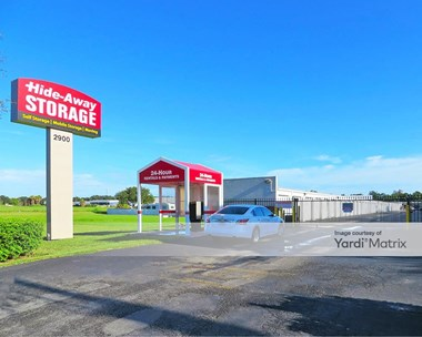 Storage Units for Rent available at 2900 US 301 North, Ellenton, FL 34222 Photo Gallery 1