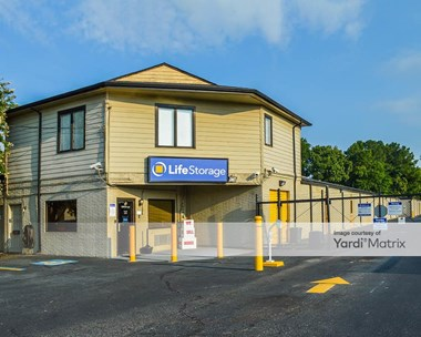 Storage Units for Rent available at 1210 Bentley Street, Richmond, VA 23227 Photo Gallery 1