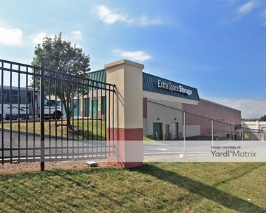 Storage Units for Rent available at 2027 83Rd Street, North Bergen, NJ 07047 Photo Gallery 1