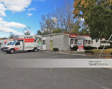 Storage Units for Rent available at 83 North Summit Street, Tenafly, NJ 07670 Photo Gallery 1