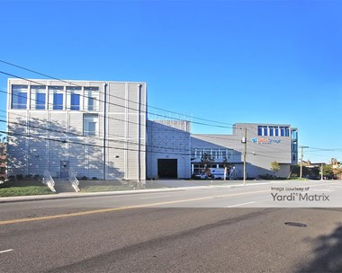 Storage Units for Rent available at 550 Grand Street, Jersey City, NJ 07302 Photo Gallery 1