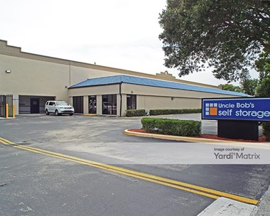 Storage Units for Rent available at 9900 SW 18Th Street, Boca Raton, FL 33428 Photo Gallery 1