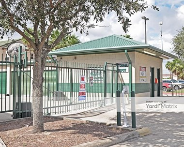 Storage Units for Rent available at 3605 North Expressway 77, Brownsville, TX 78520 Photo Gallery 1