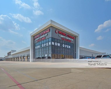 Storage Units for Rent available at 555 West Airport Fwy, Irving, TX 75062 Photo Gallery 1