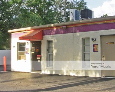 Storage Units for Rent available at 13611 North 15th Street, Tampa, FL 33613 Photo Gallery 1