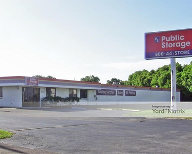 Storage Units for Rent available at 4500 34th Street North, Saint Petersburg, FL 33714 Photo Gallery 1