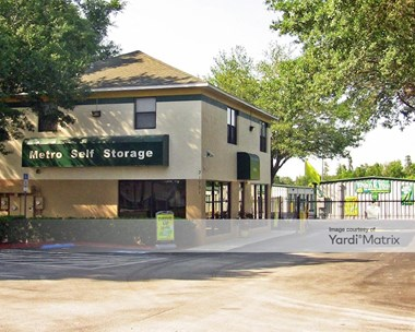Storage Units for Rent available at 21731 State Road 54, Lutz, FL 33549 Photo Gallery 1