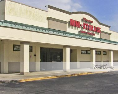 Storage Units for Rent available at 1281 Kingsway Road, Brandon, FL 33510 Photo Gallery 1