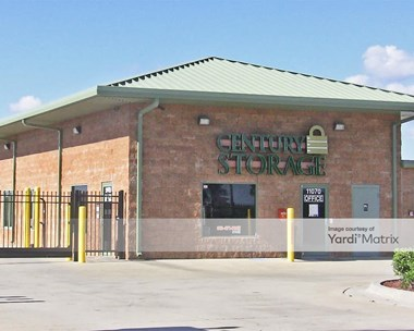 Storage Units for Rent available at 11070 Rhodine Road, Riverview, FL 33579 Photo Gallery 1