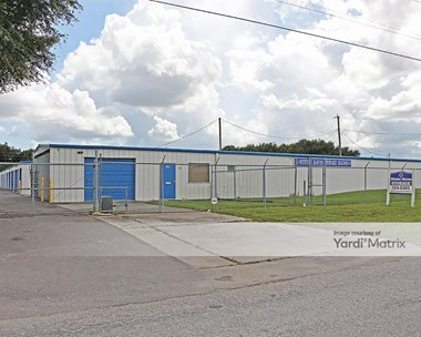 Storage Units for Rent available at 2100 Executive Road, Winter Haven, FL 33884 Photo Gallery 1