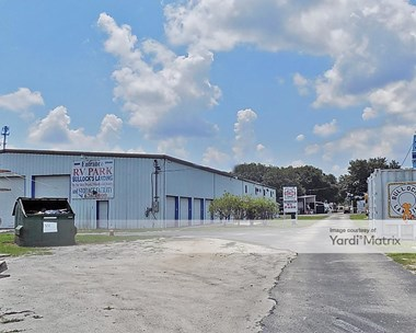 Storage Units for Rent available at 2041 Thompson Nursery Road, Lake Wales, FL 33859 Photo Gallery 1
