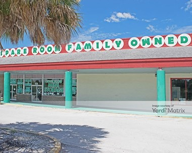Storage Units for Rent available at 4311 34Th Street South, St Petersburg, FL 33711 Photo Gallery 1