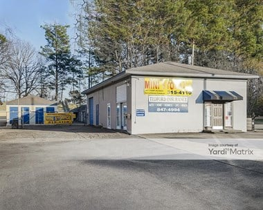 Storage Units for Rent available at 1104 North Reynolds Road, Bryant, AR 72022 Photo Gallery 1