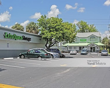 Storage Units for Rent available at 3401 South State Road 7, Davie, FL 33314 Photo Gallery 1