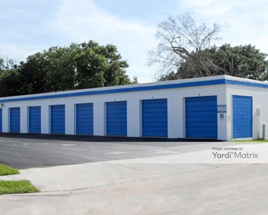 Storage Units for Rent available at 1218 Florida Street, Kissimmee, FL 34741 Photo Gallery 1