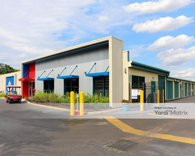 Storage Units for Rent available at 6707 Narcoossee Road, Orlando, FL 32822 Photo Gallery 1