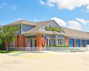 Storage Units for Rent available at 3425 Thousand Oaks Drive, San Antonio, TX 78247 Photo Gallery 1
