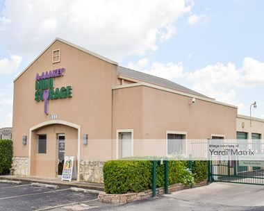 Storage Units for Rent available at 250 Spencer Lane, San Antonio, TX 78201 Photo Gallery 1