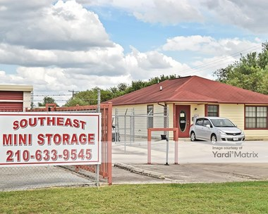 Storage Units for Rent available at 11270 Highway 181 South, San Antonio, TX 78223 Photo Gallery 1