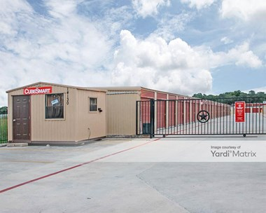Storage Units for Rent available at 14130 Old Farm To Market Road 471 West, San Antonio, TX 78253 Photo Gallery 1
