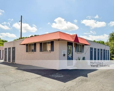 Storage Units for Rent available at 4118 Kirby Drive, San Antonio, TX 78219 Photo Gallery 1