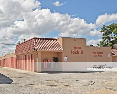 Storage Units for Rent available at 2331 Goliad Road, San Antonio, TX 78223 Photo Gallery 1