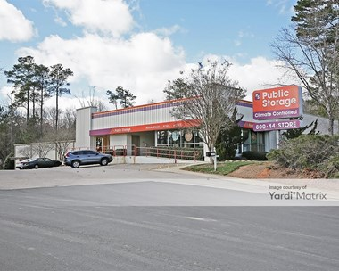 Storage Units for Rent available at 8733 Glenwood Avenue, Raleigh, NC 27617 Photo Gallery 1