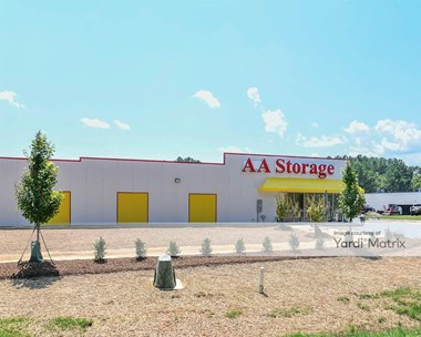 Storage Units for Rent available at 120 East Industry Drive, Oxford, NC 27565 Photo Gallery 1