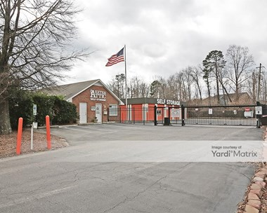 Storage Units for Rent available at 900 Windy Road, Apex, NC 27502 Photo Gallery 1