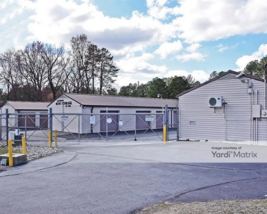 Storage Units for Rent available at 806 Highway 39 South, Louisburg, NC 27549 Photo Gallery 1