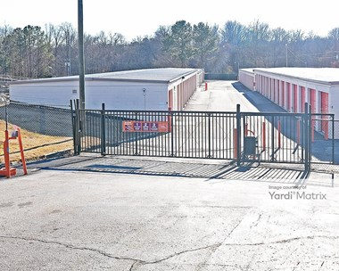 Storage Units for Rent available at 2610 Yonkers Road, Raleigh, NC 27604 Photo Gallery 1