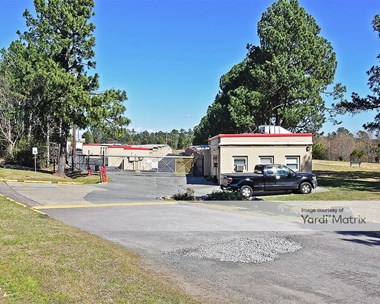 Storage Units for Rent available at 3472 Hillsborough Road, Durham, NC 27705 Photo Gallery 1