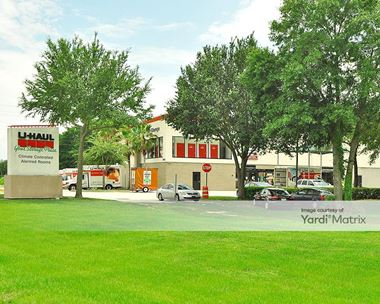 Storage Units for Rent available at 2055 State Road 436, Winter Park, FL 32792 Photo Gallery 1