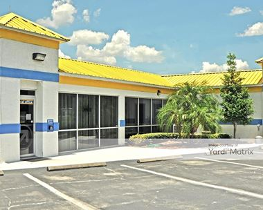 Storage Units for Rent available at 2435 West State Road 426, Oviedo, FL 32765 Photo Gallery 1