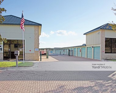 Storage Units for Rent available at 2300 Hartwood Marsh Road, Clermont, FL 34711 Photo Gallery 1