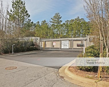 Storage Units for Rent available at 931 Trinity Road, Raleigh, NC 27607 Photo Gallery 1