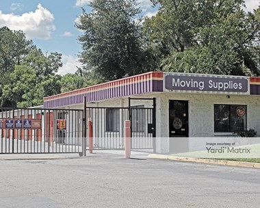 Storage Units for Rent available at 5340 Catoma Street, Jacksonville, FL 32210 Photo Gallery 1