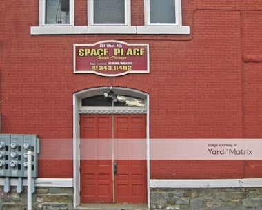 Storage Units for Rent available at 257 West 4th Street, Oswego, NY 13126 Photo Gallery 1