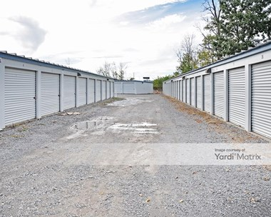 Storage Units for Rent available at 339 West 2Nd Street, East Syracuse, NY 13057 Photo Gallery 1