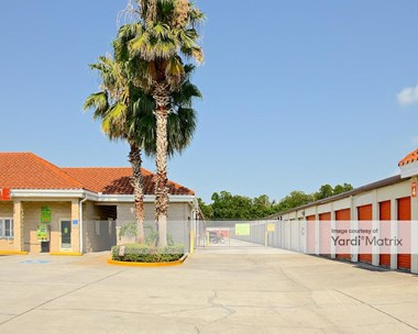 Storage Units for Rent available at 6550 Forest City Road, Orlando, FL 32810 Photo Gallery 1