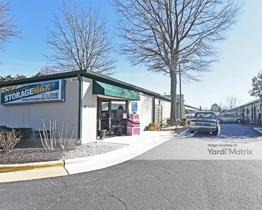 Storage Units for Rent available at 2004 Brentwood Road, Raleigh, NC 27604 Photo Gallery 1