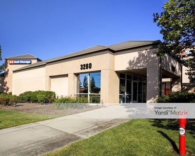 Storage Units for Rent available at 3260 South Bascom Avenue, San Jose, CA 95124 Photo Gallery 1