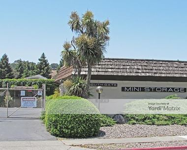 Storage Units for Rent available at 1025 Golden Gate Drive, Napa, CA 94558 Photo Gallery 1